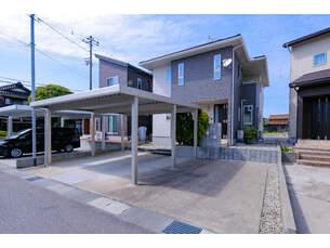 小松市若杉町カ 中古一戸建ての外観写真
