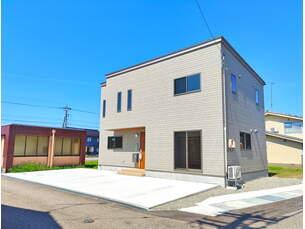砺波市石丸 新築一戸建ての外観写真